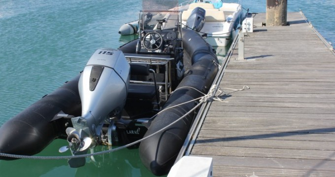 Noleggio barche La Rochelle economico tarpon