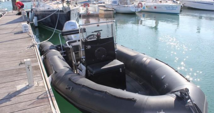 Neuvisa tarpon tra privati e professionisti a La Rochelle