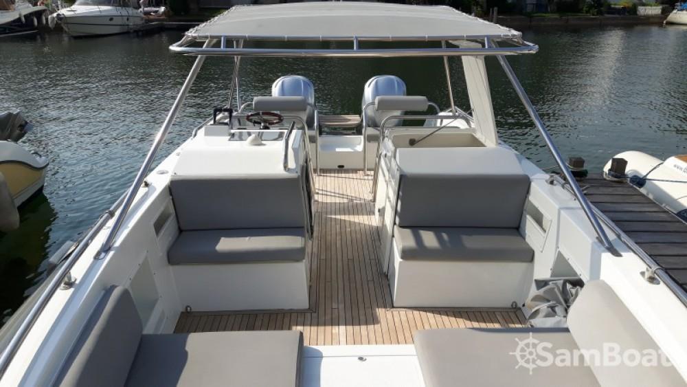Noleggio Barca a motore Ivela con una patente