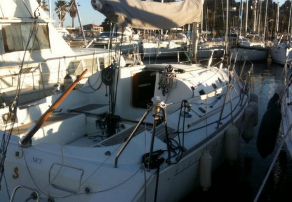 Noleggio yacht Cavalaire-sur-Mer - Bénéteau First 31.7 su SamBoat