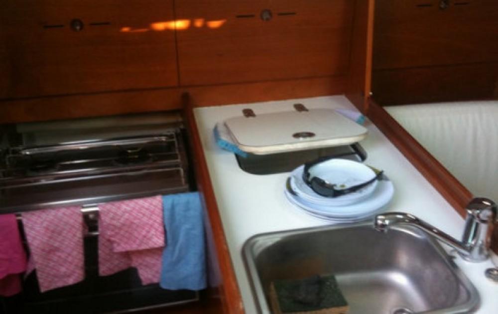 Noleggio barche Cavalaire-sur-Mer economico First 31.7