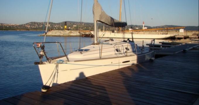 Barca a vela a noleggio a Cavalaire-sur-Mer al miglior prezzo