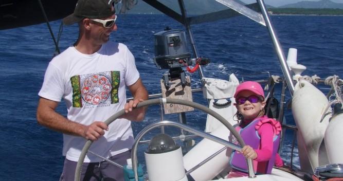 Barca a vela a noleggio a Bandol al miglior prezzo