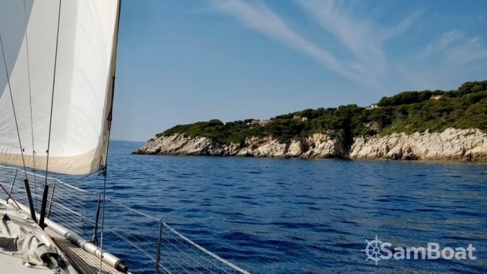 Barca a vela a noleggio Bandol al miglior prezzo