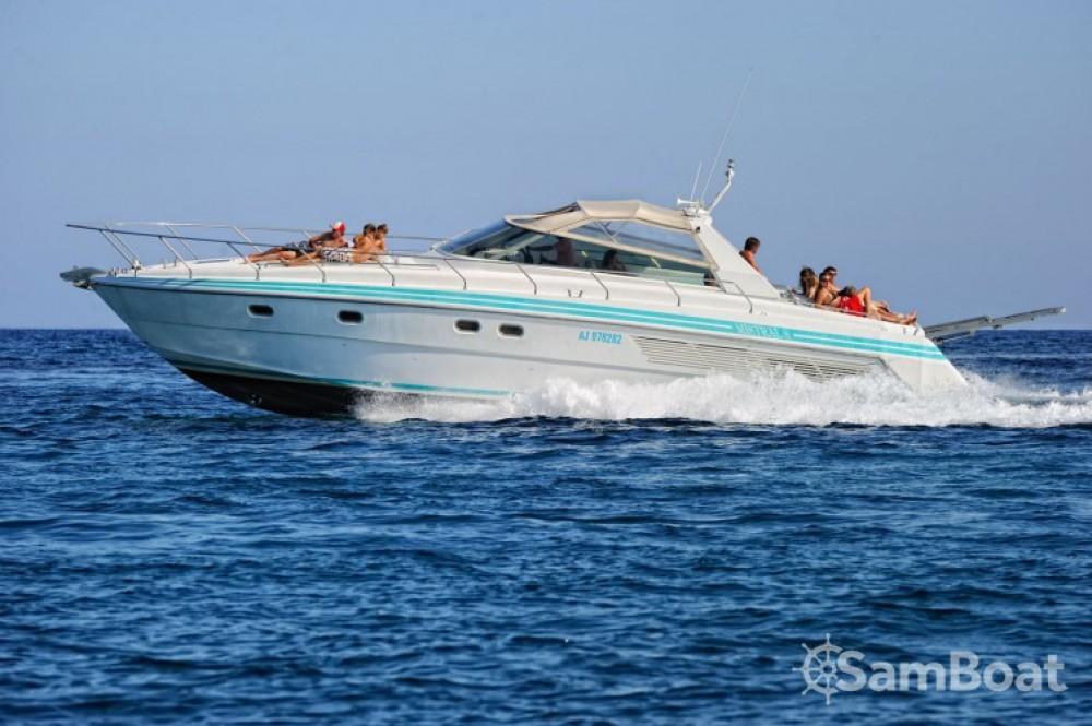 Barca a motore a noleggio Porto-Vecchio al miglior prezzo