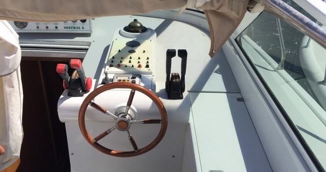 Barca a motore a noleggio a Porto-Vecchio al miglior prezzo