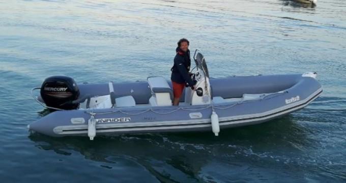 Noleggio barche Bombard Sunrider 650 a La Flotte su Samboat