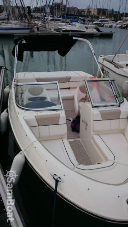 Barca a motore a noleggio La Rochelle al miglior prezzo