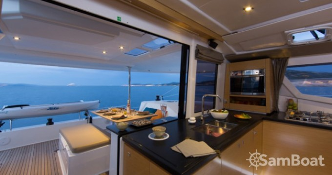 Noleggio Catamarano con o senza skipper Fountaine Pajot a Mandelieu-la-Napoule