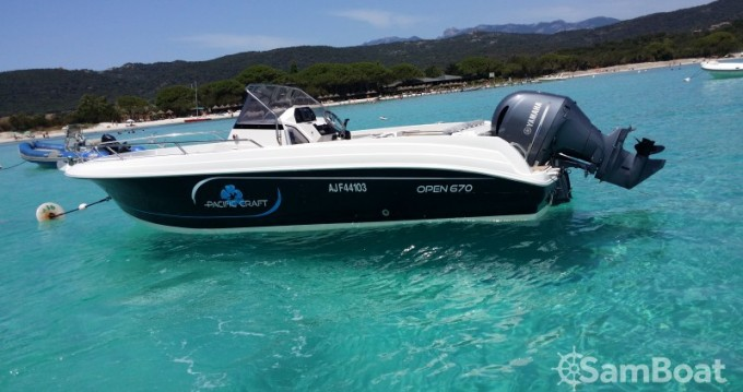 Noleggio Barca a motore a Golfe de Santa Giulia – Pacific Craft Open 670