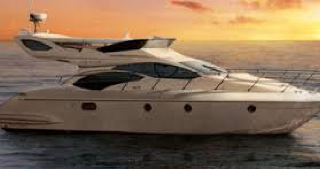 Barca a motore a noleggio a Cannes al miglior prezzo
