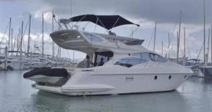 Noleggio Barca a motore con o senza skipper Azimut a Cannes