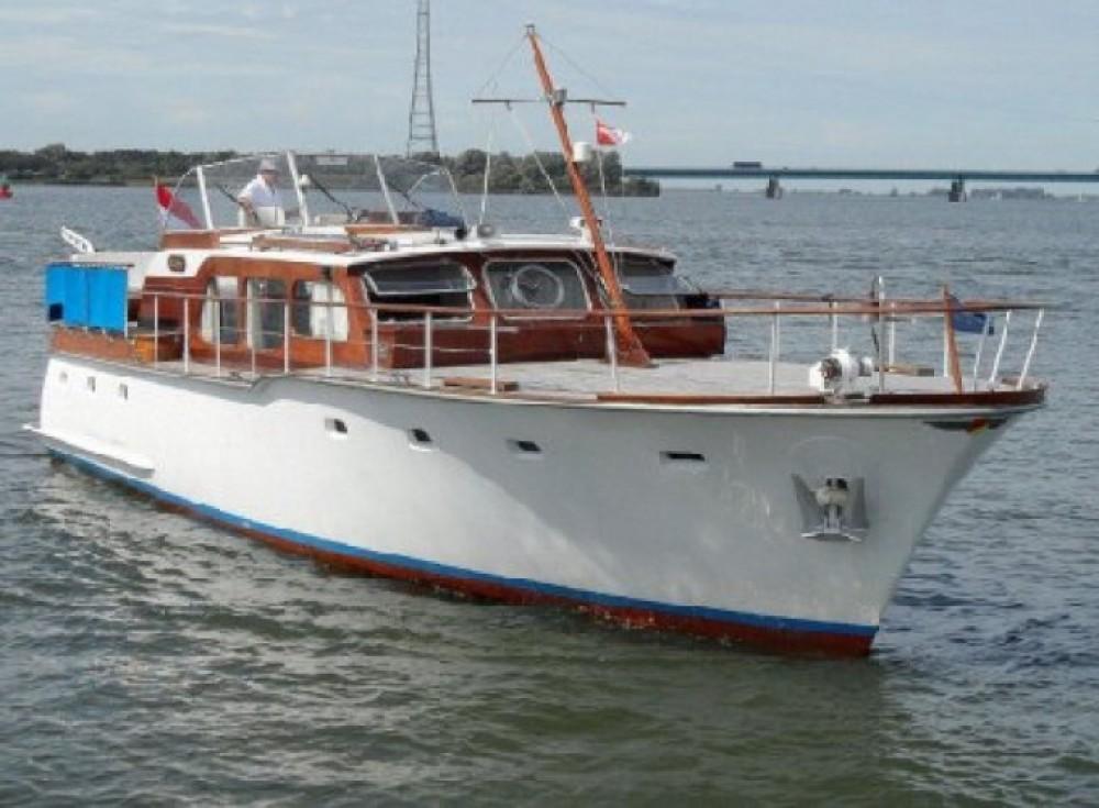 Noleggio Barca a motore Klaassen con una patente