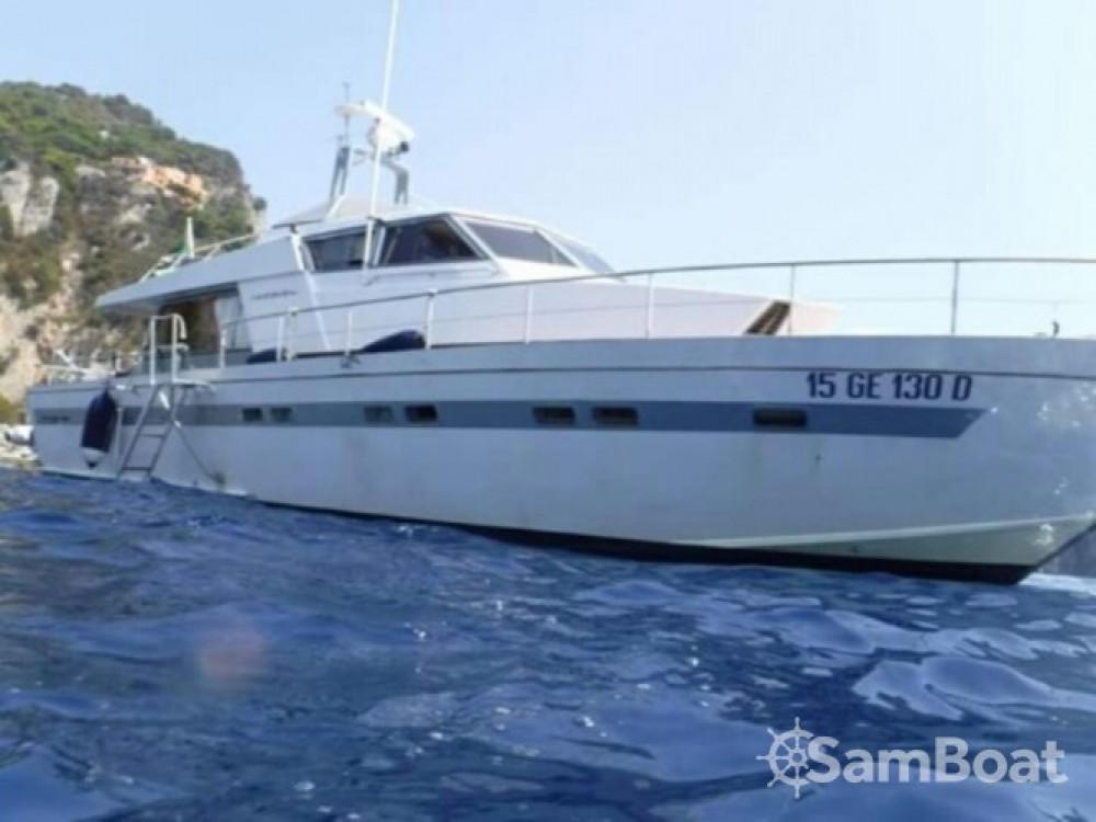 Noleggio Yacht con o senza skipper Cantieri Di Pisa Salerno