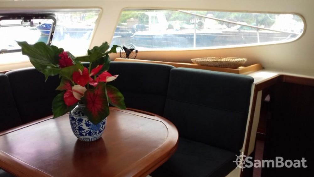 Noleggio Catamarano Nautitech con una patente