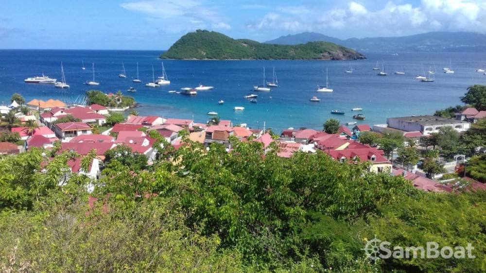 Nautitech Nautitech 40 tra personale e professionale Basse-Terre