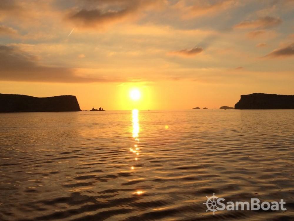 Noleggio barche Lagoon Lagoon 380 S2 Sant Antoni de Portmany su Samboat