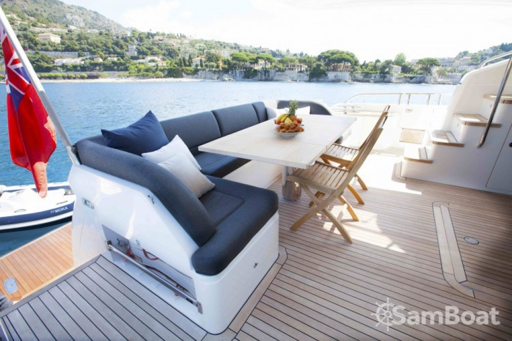 "noleggio Yacht Antibes - Princess 22.35 metres (73' 4"")"