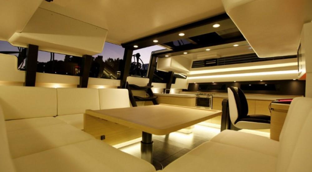 "Noleggio barche Maxi-Dolphin 22.40 metres (73' 6"") Antibes su Samboat"