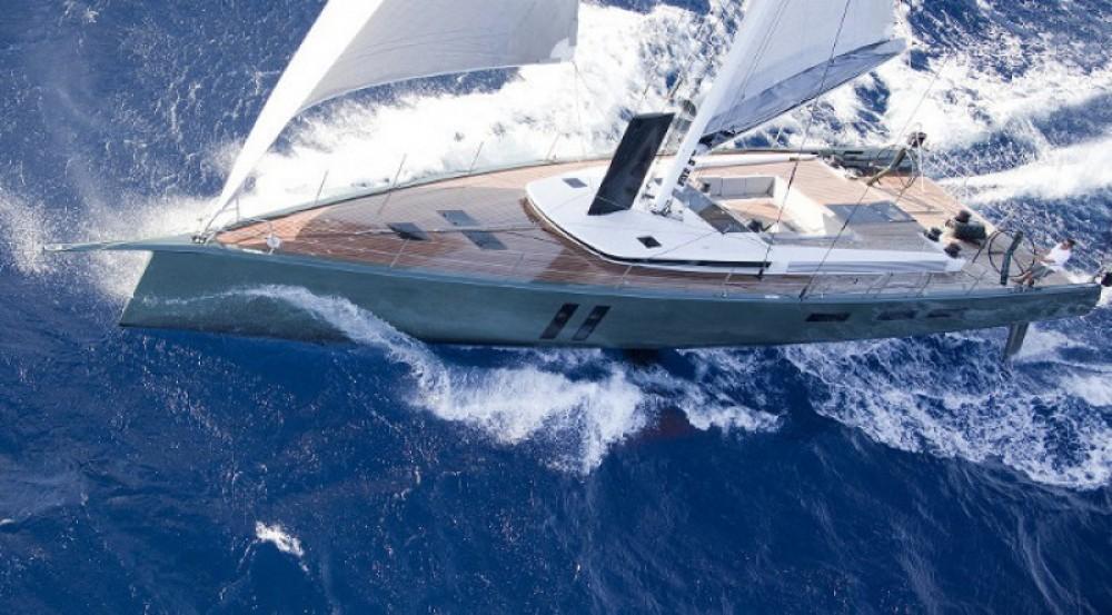 """Noleggiare un'Maxi-Dolphin 22.40 metres (73' 6"""") Antibes"""