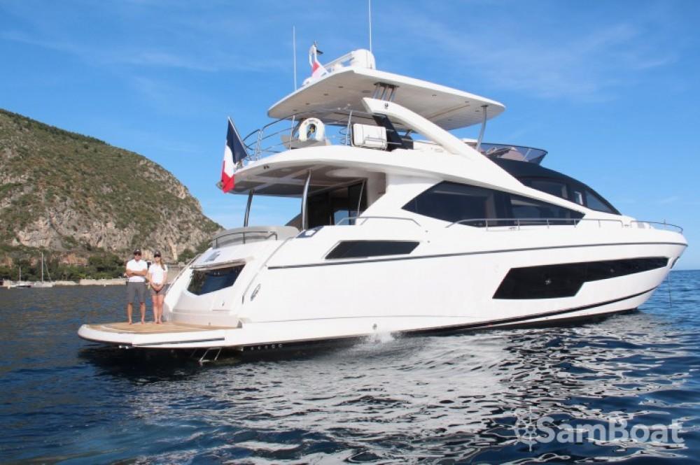 Yacht a noleggio Belluogo al miglior prezzo