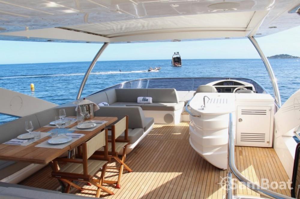 "Noleggio yacht Belluogo - Sunseeker 23.02 metres (75' 6"") su SamBoat"