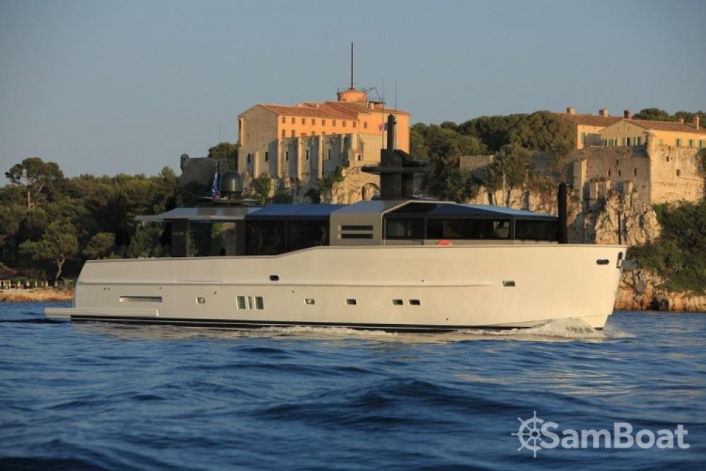 Noleggio Yacht Arcadia-Yachts con una patente