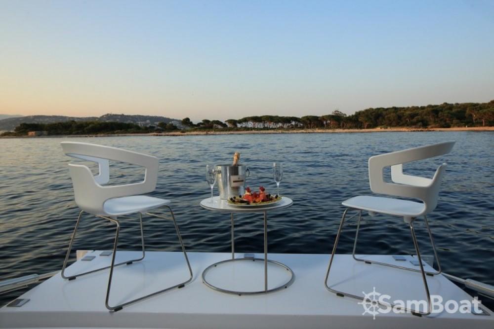 Noleggiare un'Arcadia-Yachts 25.90 metres (85') Cannes