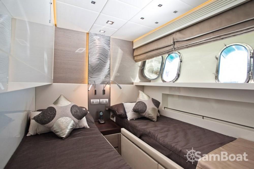 Noleggio Yacht Maiora con una patente