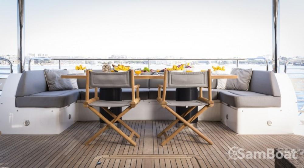 "Noleggio yacht Saint-Tropez - Sunseeker 28.15 metres (92' 4"") su SamBoat"