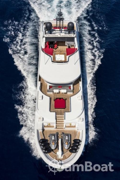 """Concept-Marine 42.90 metres (140' 9"""") tra personale e professionale"""