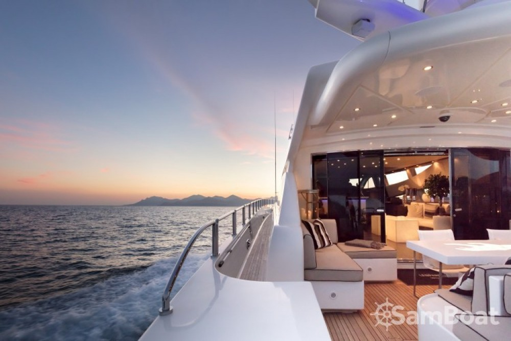 "Andrea-Bacigalupo 34.11 metres (111' 11"") tra personale e professionale Cannes"