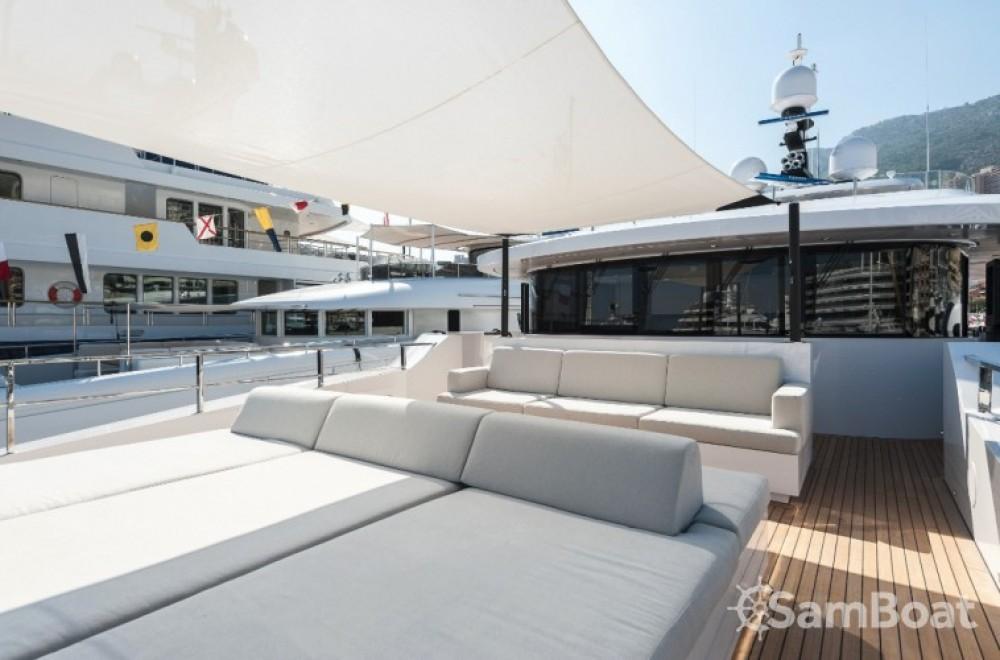 Noleggio Yacht Admiral con una patente