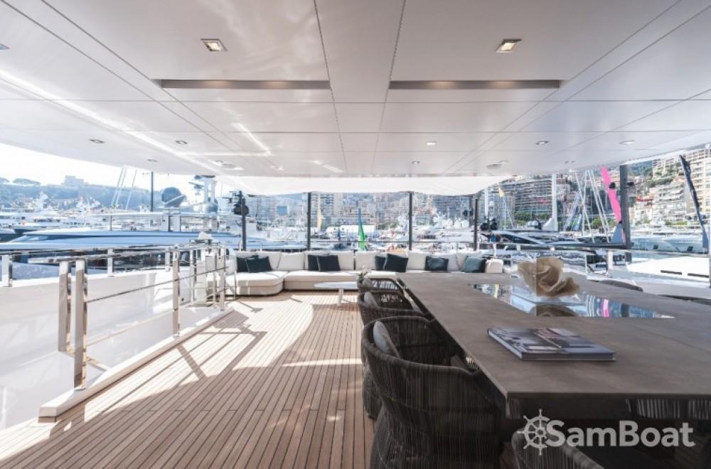 """Noleggiare un'Admiral 46.55 metres (152' 9"""") Monaco"""