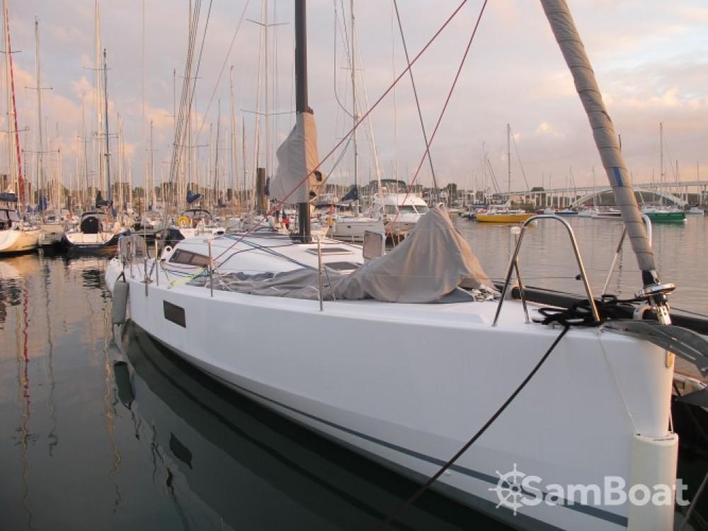 Noleggio barche La Trinité-sur-Mer economico Pogo 12.50
