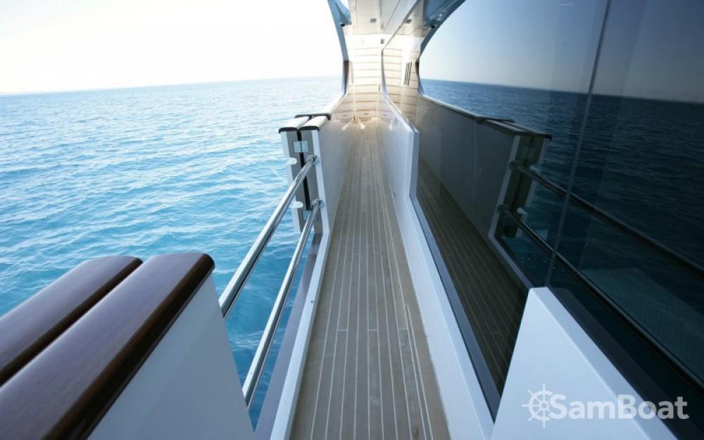 """Noleggio barche  economico 40.00 metres (131' 3"""")"""