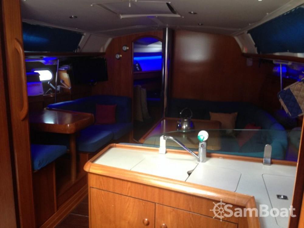Noleggio barche Napoli economico Sun Odyssey 40