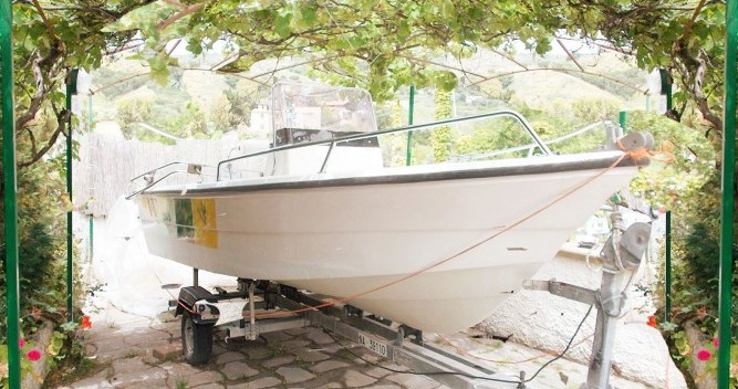 Noleggio Barca a motore a Scalea – Fiart brezza 560