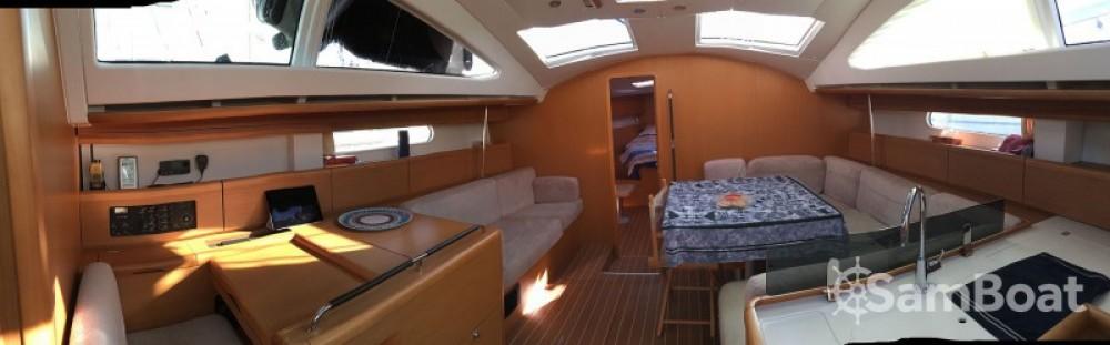 Noleggiare un'Jeanneau Sun Odyssey 50 DS Le Grau-du-Roi