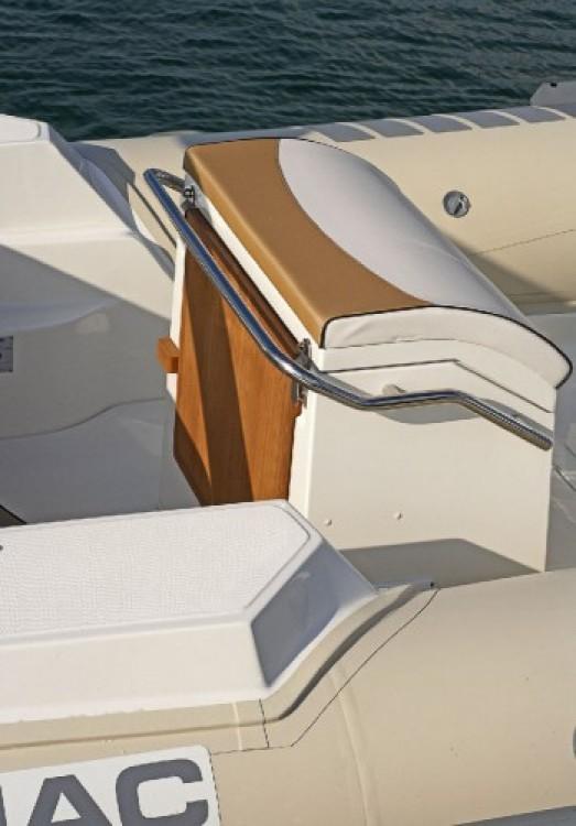 Noleggio yacht Ajaccio - Lomac Lomac 710 IN su SamBoat