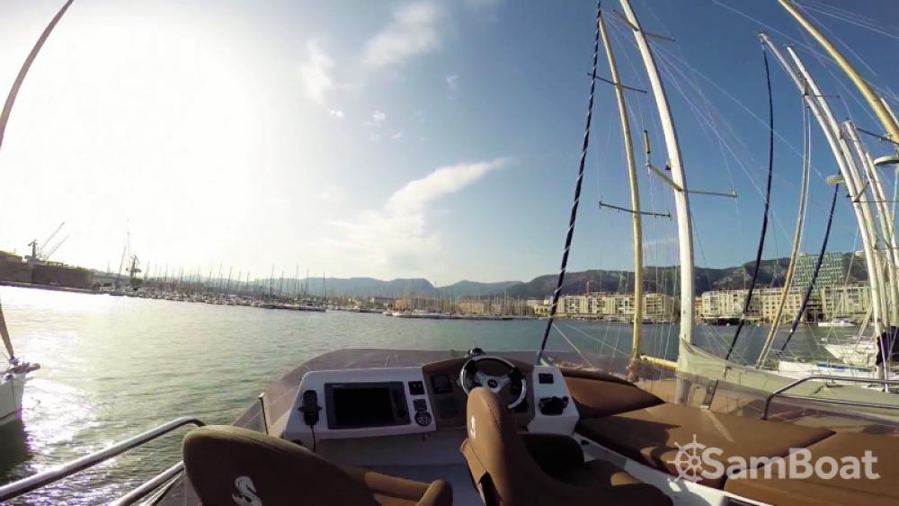 Noleggio yacht Antibes - Bénéteau Monte Carlo 47 Fly su SamBoat