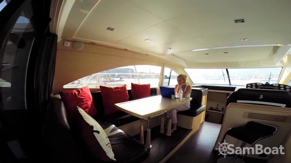 Noleggio barche Bénéteau Monte Carlo 47 Fly Antibes su Samboat