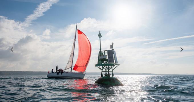 Noleggio barche Brest economico First 31.7