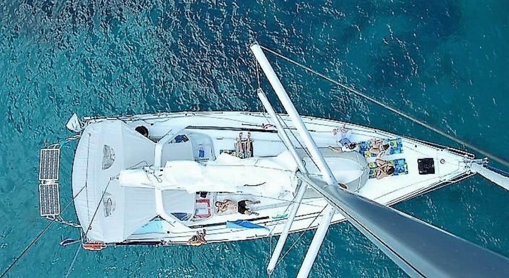Barca a vela a noleggio Golfe-Juan al miglior prezzo