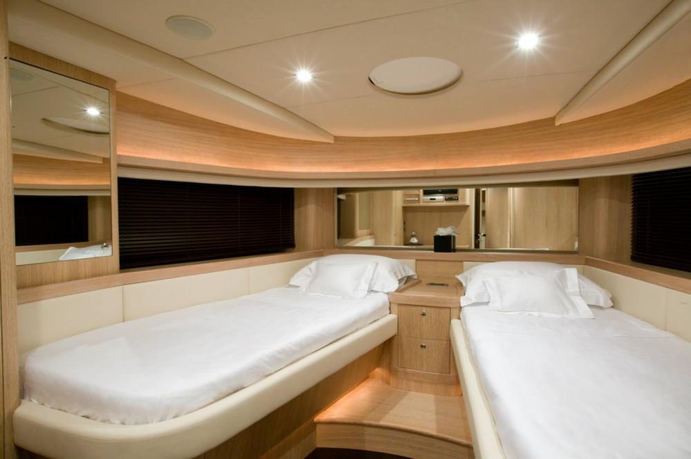 Yacht a noleggio Ibiza al miglior prezzo