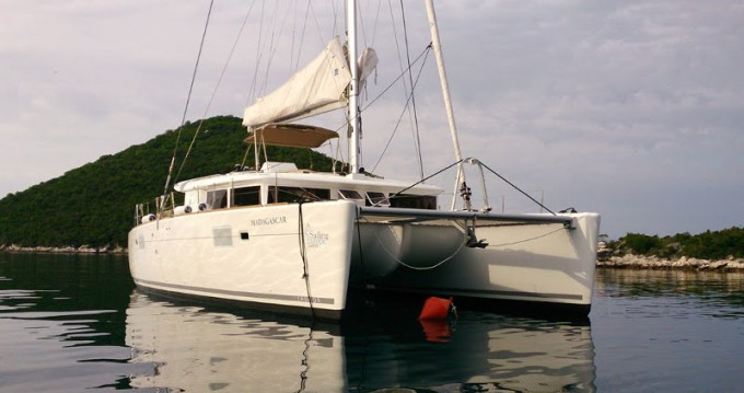 Noleggio Catamarano con o senza skipper Lagoon a Rogač