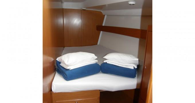 Noleggio yacht a Rogač – Bénéteau Cyclades 50.5 su SamBoat