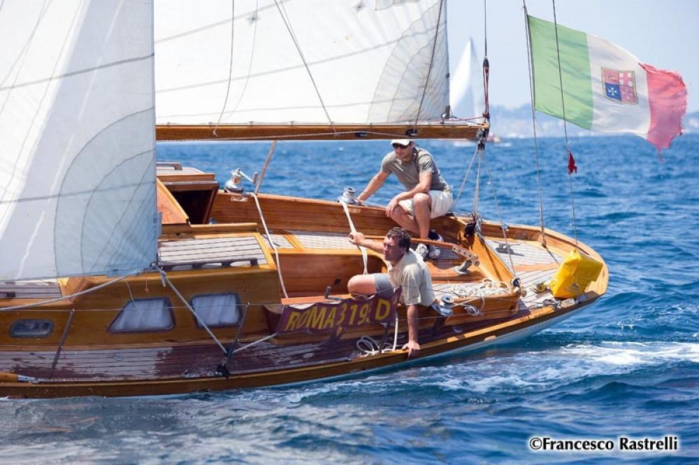 Barca a vela a noleggio Porto-Vecchio al miglior prezzo