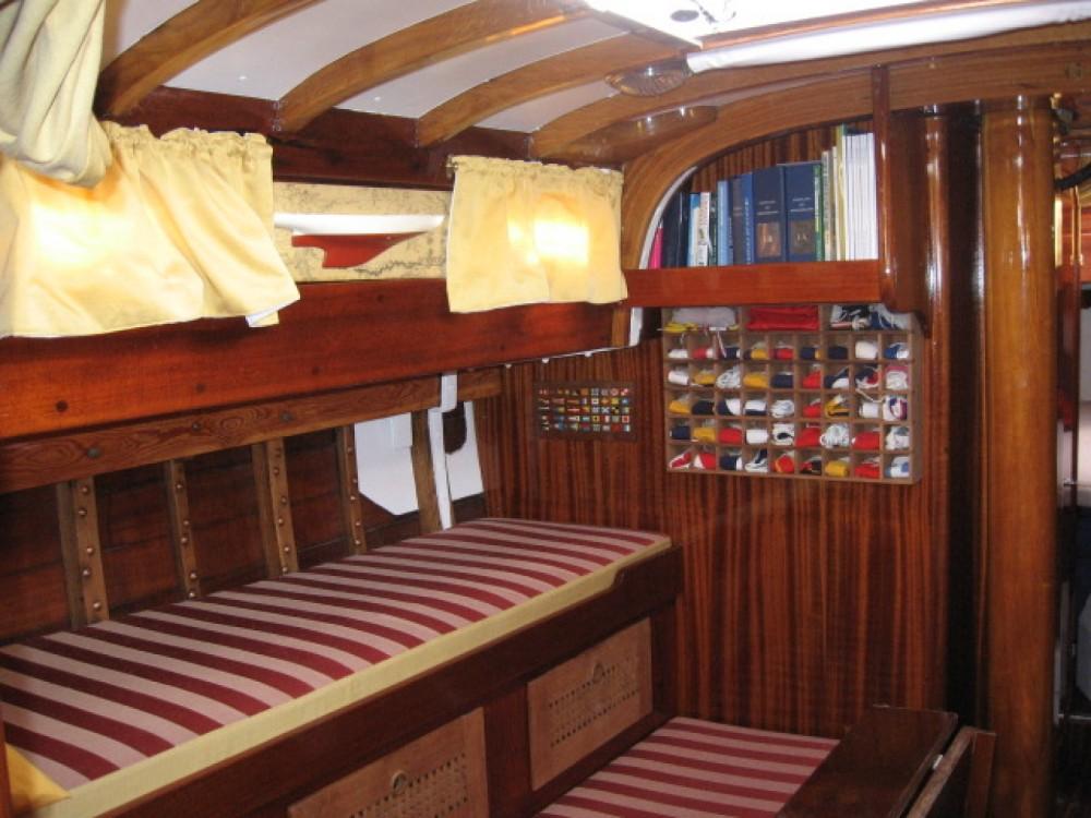 Noleggio Barca a vela con o senza skipper Sparkman And Stephens Porto-Vecchio