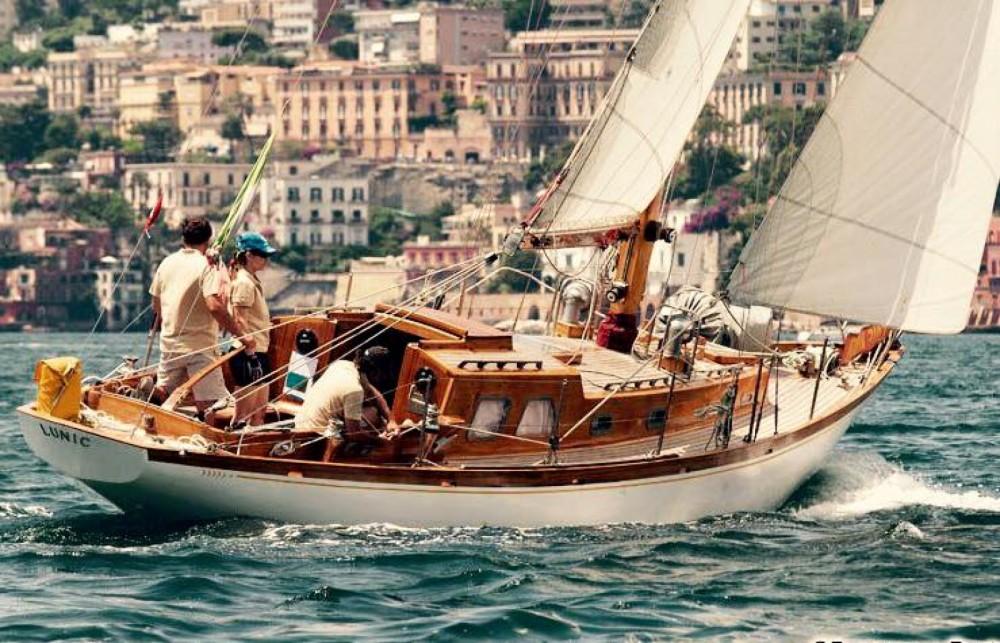 Noleggio barche Sparkman And Stephens Cutter Porto-Vecchio su Samboat